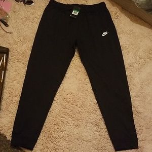 Mens jogging and training pants.